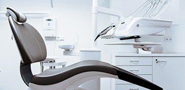 chair-clean-clinic-287237.jpg